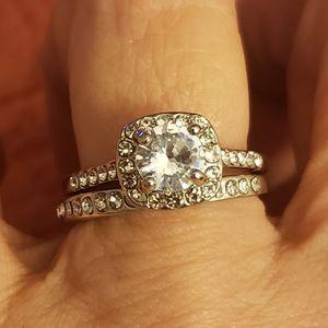 Silver tone diamond wedding set